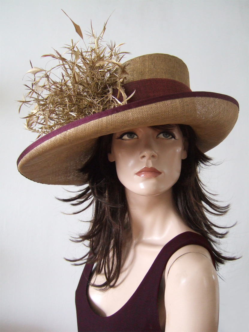 Gold and Burgundy Hat for Royal Ascot 2020. Royal Ascot Hat Rental 2020. Hat Hire Berkshire. Amazing Royal Ascot Hats 2020. Ladies Wedding Hats for Hire 2020. Gold and Burgundy Mother of the Bride Hats 2020. Royal Ascot Hat Rental 2020. Formal Wedding Hats for Hire UK 2020. Hats for the Races 2020.