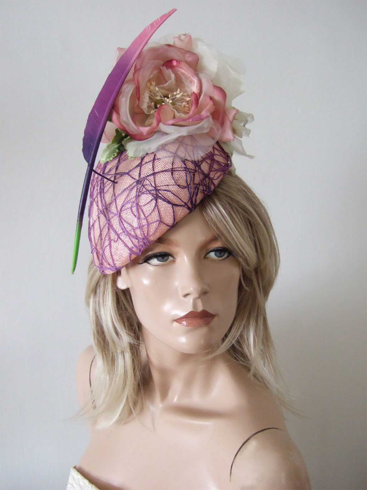 Designer Hats for Hire near London. Royal Ascot Hat Rental 2021. Hire Hats for Wedding Guests UK. Best Royal Ascot Hats 2021. Designer Hats for Hire 2020. Floral Fascinators. Hats to wear with a Pink dress. Pink Mother of the Bride Hats. Wedding Hats for Hire UK 2020. Amazing Hats for the Races 2020. Mother of the Bride Hat Hire 2020.