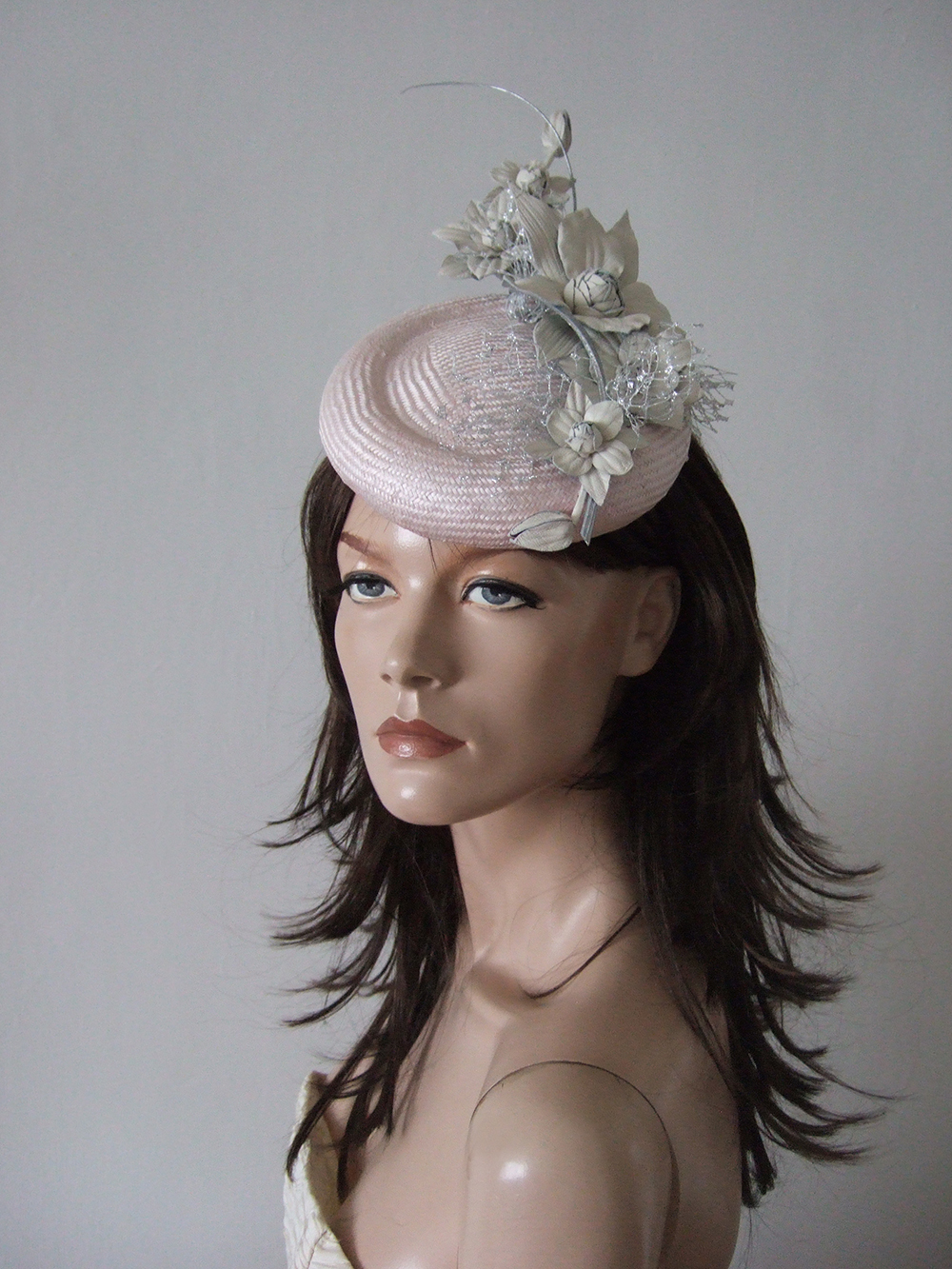 Floral Wedding Hats for Hire. Justine Bradley Hill Millinery. Royal Ascot Hats 2020. Designer Hats for Hire 2020. Pretty Hats for Royal Ascot. What to wear for Royal Ascot 2020. Mother of the Bride Hats 2020. Mother of the Bride Hat Hire 2020. What to wear to the Races 2020. Hats for Ladies Day the Races 2020.