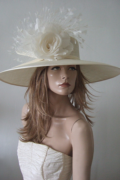 Large Ivory Ascot Hat Hire, Hats for Royal Ascot 2021. Hat Hire London. Hat Hire Berkshire. Big Hats or Ascot