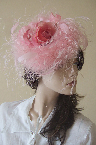 Grevi Firenze Pink Feathered Hat. Ascot Hat Hire. Mother of the Bride Hats. Hat Hire Berkshire.