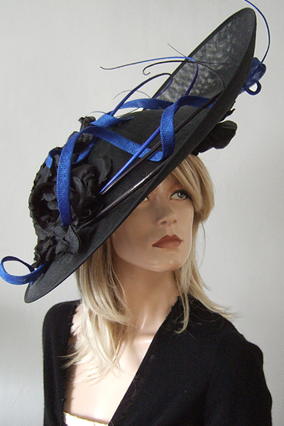 Royal and Black Big Saucer Headpiece Hat for Hire. Ascot Hat Hire, Hats for Royal Ascot. www.dress-2-impress.com London Hat Hire