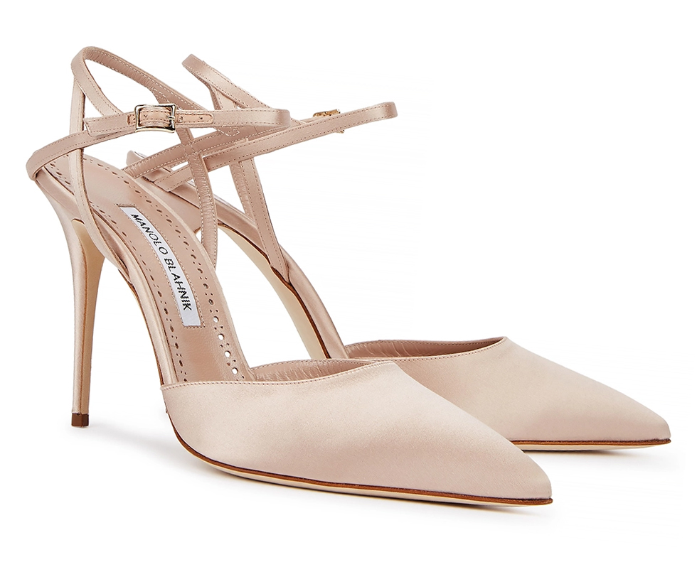 Blush Pink Mother of the Bride Shoes 2021. Manolo Blahnik Shoes 2021. Shoes to wear with a Blush Pink Dress. Shoes for Royal Ascot 2021. Royal Ascot Outfit ideas. Best Nude Shoes 2021. Best Blush Pink Shoes 2021. Spring fashion outfit ideas 2021.