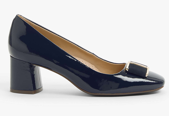 John Lewis Navy Court Shoes 2021. Navy Mother of the Bride Shoes 2021. Navy Shoes for Wedding guests 2021. Navy Mid heel shoes for the races. Navy Royal Ascot outfit ideas 2021.