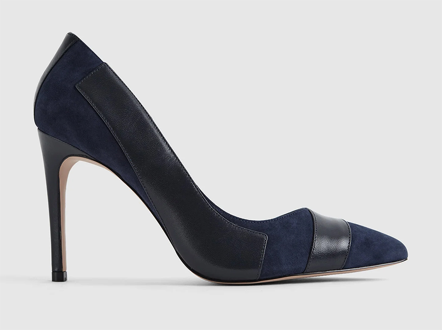 Reiss Navy Shoes. Reiss Navy Mother of the bride Shoes. Navy Court Shoes 2021. Navy coloured shoes for summer races. Court Shoes Shoes for the Races. Shoes to wear with a Navy Dress. Reiss shoes 2021.
