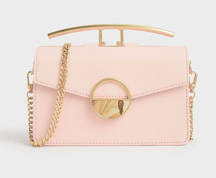 Pale Pink Clutch Bag for Mother of the Bride Outfits 2020. Best Mother of the Bride Bags 2020. Pink Wedding Outfits for Mother of the Bride. Wedding Guest Outfits 2020. Pale Pink Clutch Bag. Mother of the Groom Outfits 2020. Summer Wedding guest fashion 2020.