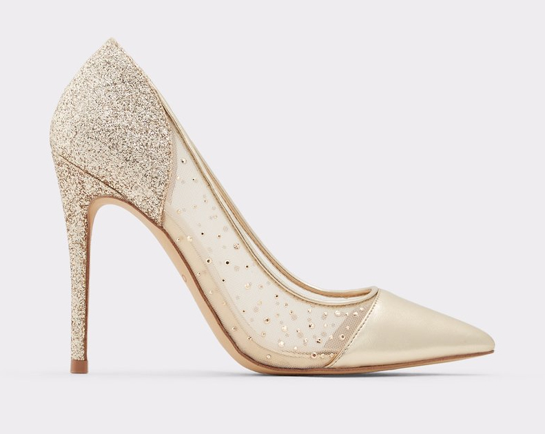 Gold shoes with crystals. Gold crystal Mother of the bride shoes. Low price gold crystal shoes. Champagne gold mother of the bride shoes. Champagne Gold shoes 2020. Champagne gold shoes for the races. Champagne Gold Wedding Guest outfits.