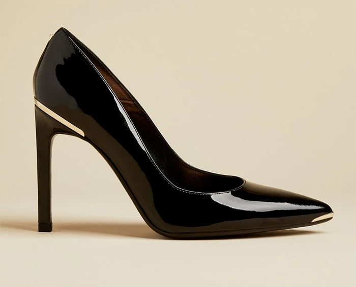 Ted Baker Black Patent Leather Shoes 2021. Black High Heel shoes for summer 2021. Black Shoes to wear to the races. Shoes to wear with a Black and white dress. Black patent leather High Heel Shoes 2021. Shoes to wear with a white outfit.